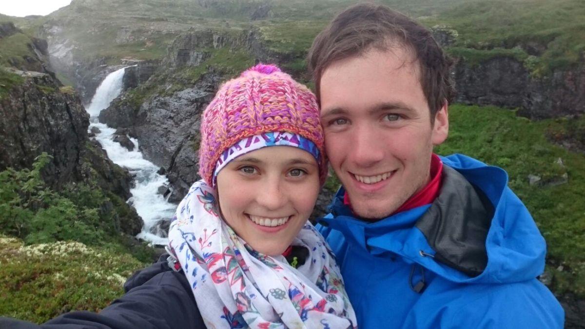 NORWEGEN. Rodel-Star Christian Schopf trampt durchs Land der Fjorde undBerge
