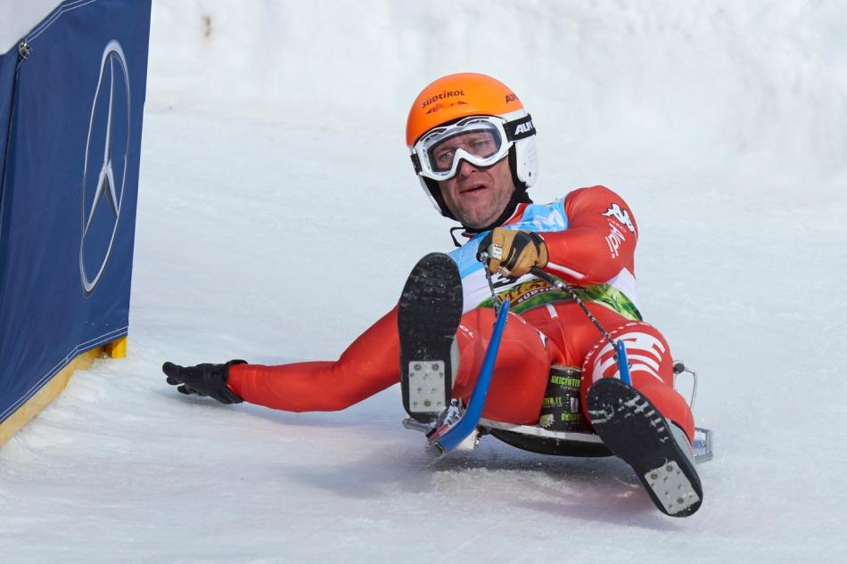 Der Naturbahnrodler Anton Blasbichler aus Italien beim Weltcuprennen im Kühtai 2014