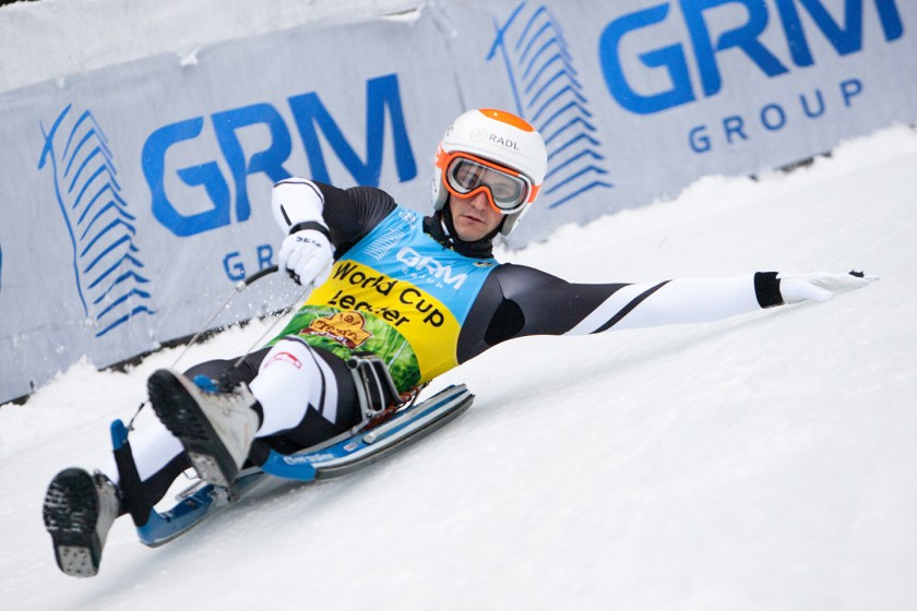 Österreichs Rodel Star Thomas Kammerlander gewinnt mit dem Sieg beim Weltcuprennen in Umhausen erstmals den Gesamtweltcup im Rennrodeln auf Naturbahn