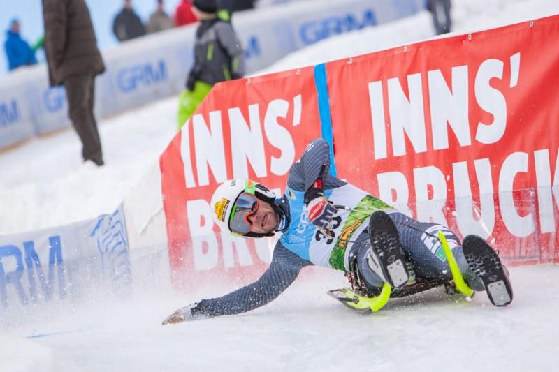 Patrick Pigneter der Rodel-Superstar aus Italien auf dem Weg zum Sieg beim Weltcuprennen 2016 im Kühtai/Tirol