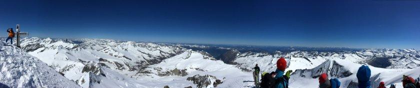 Gipfelpanorama am Großvenediger.