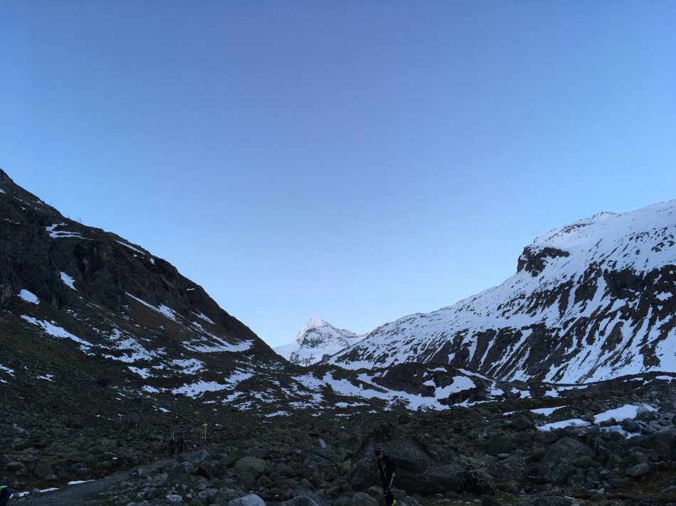 An der Talstation der Materialseilbahn zur Kürsingerhütte startet unsere Großvenediger Tour. Rodel Austria Naturbahnrodeln