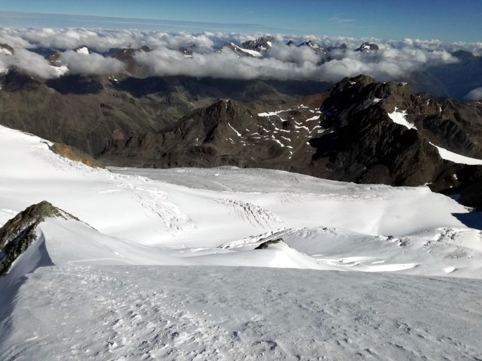 Der Abstieg erfolgt über den Nordgipfel der Wildspitze, Rodel Austria Naturbahn
