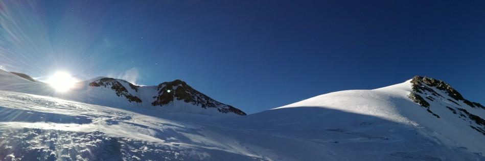 der Gipfelaufbau der Wildspitze, Rodel Austria Naturbahn