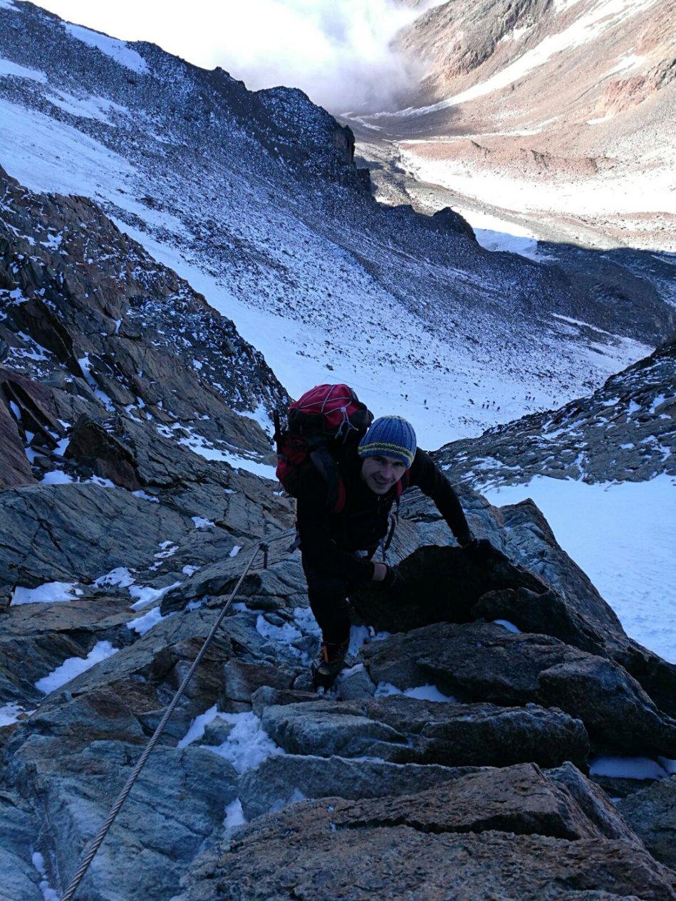 Gerald Kammerlander am Klettersteig zum Mitterkarjoch