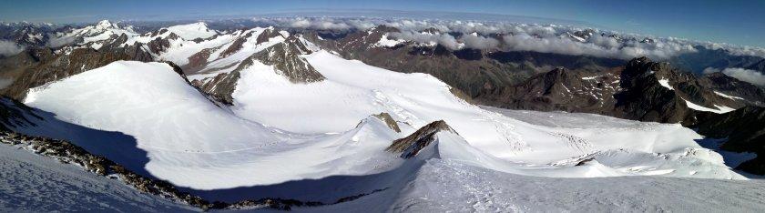 Panoramablick in Richtung Nordwest vom Nordgipfel der Wildspitze
