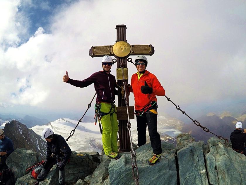 am Großglockner angekommen. Florian Glatzl - Rodel Star aus Österreich ist am höchsten Großglockner