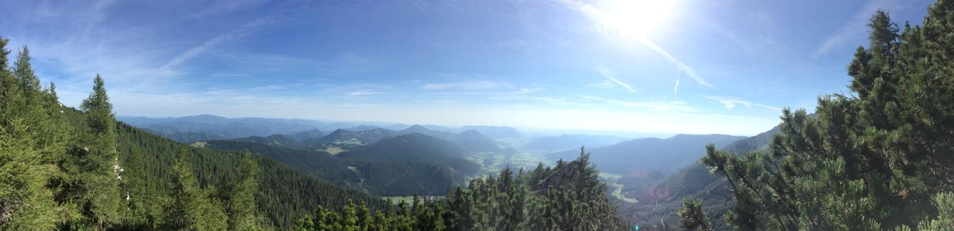 am Nandlgrat auf dem Schneeberg bot sich uns eine tolle Aussicht in Richtung Burgenland