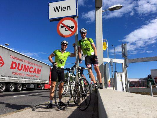 Rodel Austria Naturbahn-9 Länder-9 Gipfel-Tour zum Hermannskogel