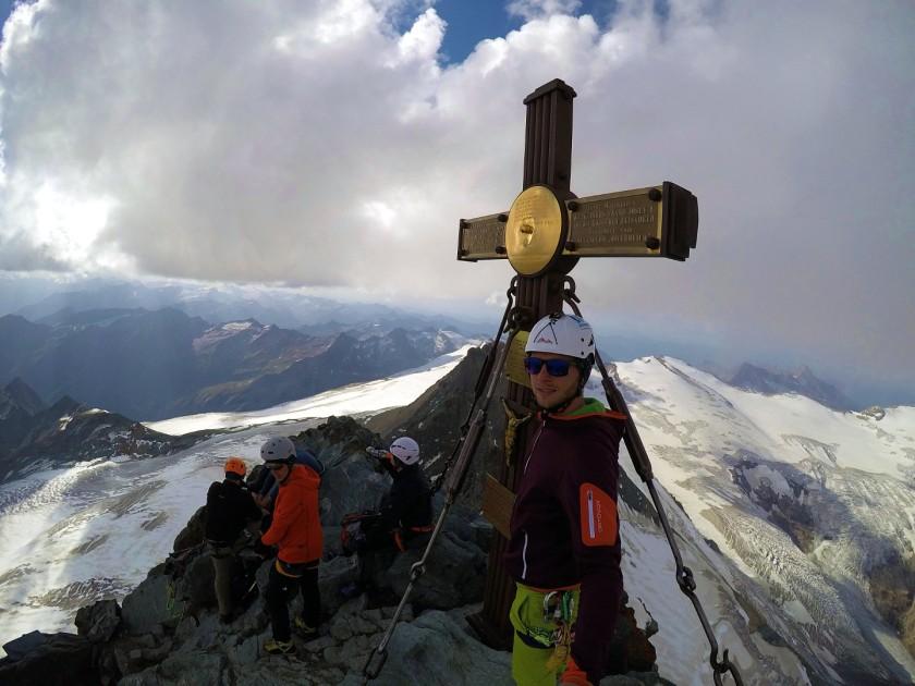 Florian Glatzl. Österreichischer Top-Naturbahnrodel-Star auf dem Großglockner. Am höchsten Gipfel von Österreich